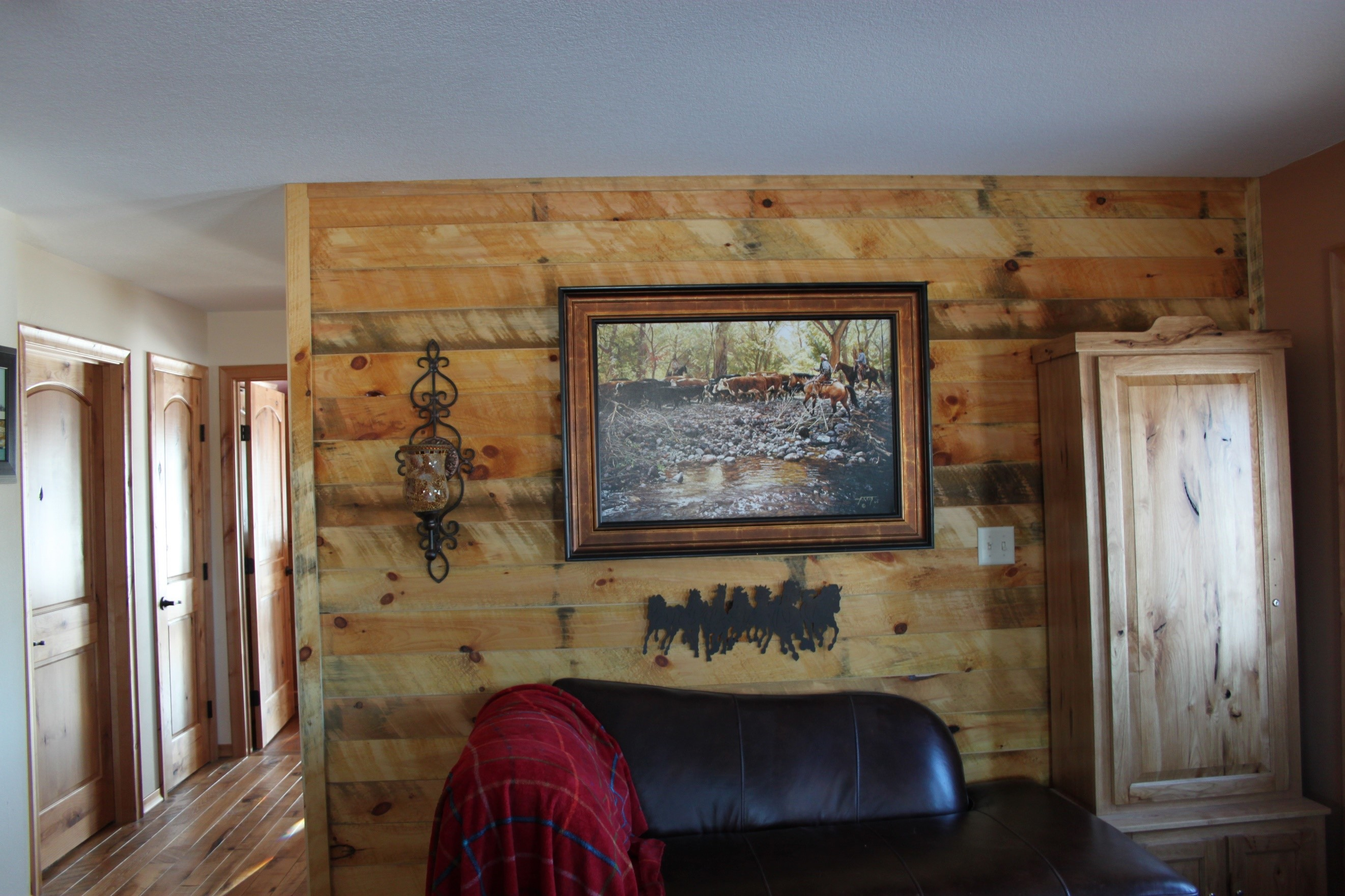 The Tongue & Groove - 1.25 Barnaccent Wall